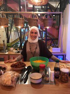 proferosa de cocina siria en barcelona