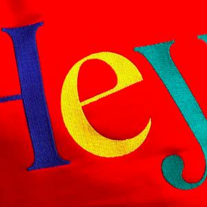 Sweater rojo Hey en HeyShop_ Barcelona eXplorins Ruta dr. dou
