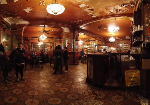 vuelven a estar abiertos los bares en barcelona